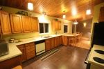 BEAUTIFUL CABIN IN SYLVAN LAKE -SUNBREAKER COVE   -SHORT OR LONG TERM BOOK NOW !!!