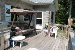 Waterfront Fun Family Cottage Close to GTA - Summer & Winter Fun!