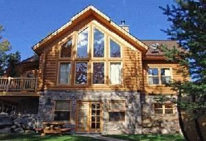 Affordable Deluxe Lake Front Log Homes