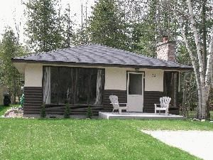 Cedarcroft Family Cottage on Wasaga Beach
