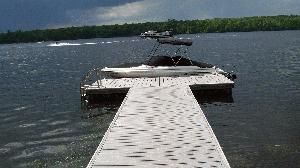 Water Front Cottage on Pigeon Lake    $850 Special