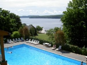 Hidden Valley, Muskoka Luxury 3 Storey Lakeside