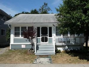Crystal Beach Cottage - 397 Maplewood Ave