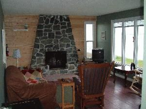 Cape Breton Oceanside Cottage