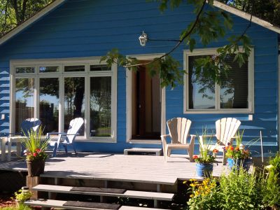 Chalet Bleu on Lake Simcoe