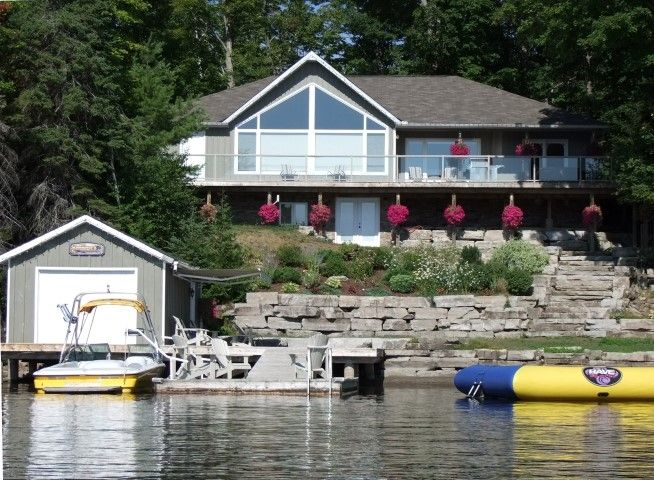 year round cottage on beautiful crystal lake in kinmount. Black Bedroom Furniture Sets. Home Design Ideas