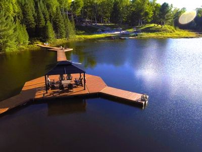 Party Dock on private lake with seating
