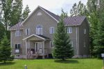 10 BEDROOM EXECUTIVE STYLE COTTAGEE
