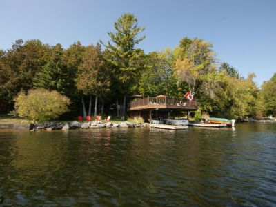 Executive Cottage on Clear Lake