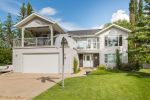 Executive, Beautiful 4 bedroom (or more) Lakefront property - Jarvis Bay area -