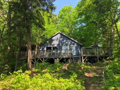 Powell Cottage on Galla Lake