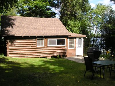 Eagle Lake Log Cabin Retreat