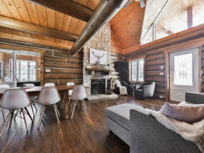 Chalet la Bucheronne, Hot tub, pool table, home cinema, lake
