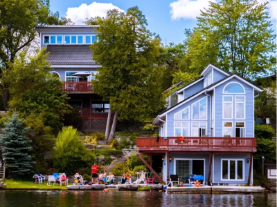 Kawartha Luxury Waterfront Home! Live In Boathouse! Pool Table, Fireplace, Canoe